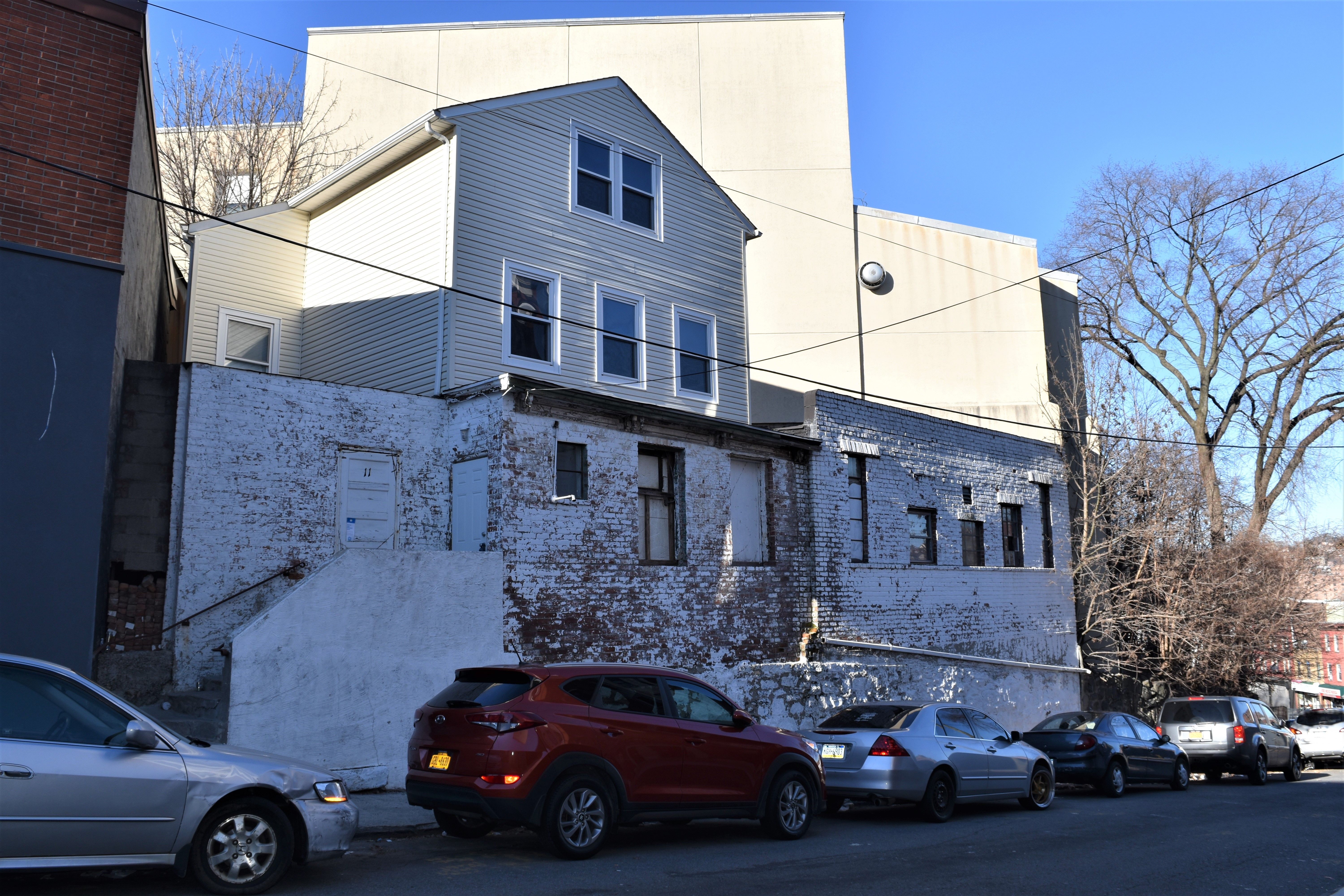11 guion street yonkers ny 10701 commercial property