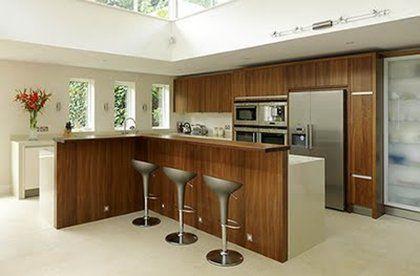 diseño cocinas en madera tanto modernas como más clásicas   Cocinas ...