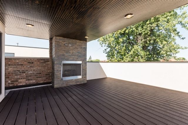 1216 W Eddy St, Chicago, IL 60657 | MLS# 08827044 | Redfin - rooftop deck