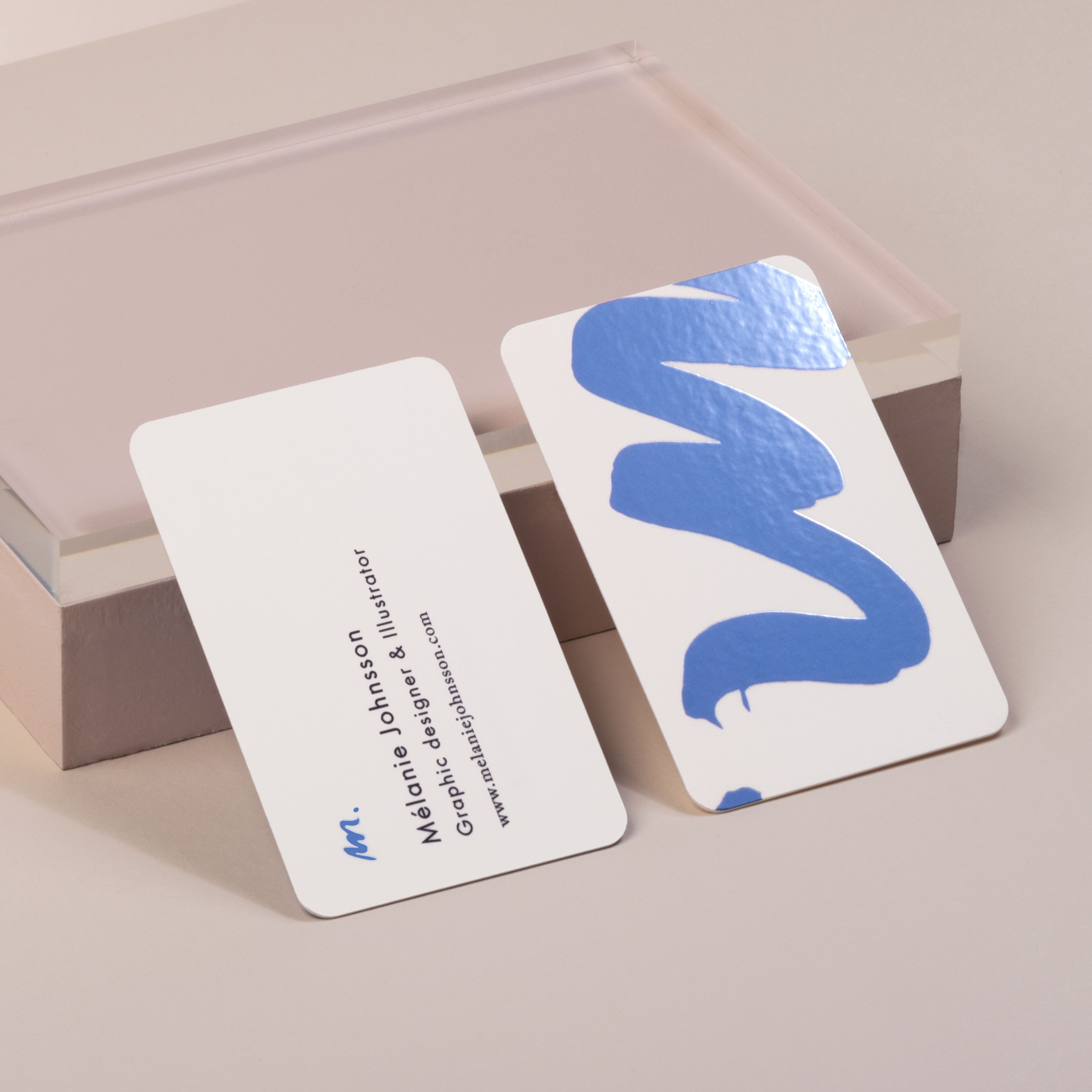 Spot Gloss Business Cards Designed By Mlanie Johnsson Melanie