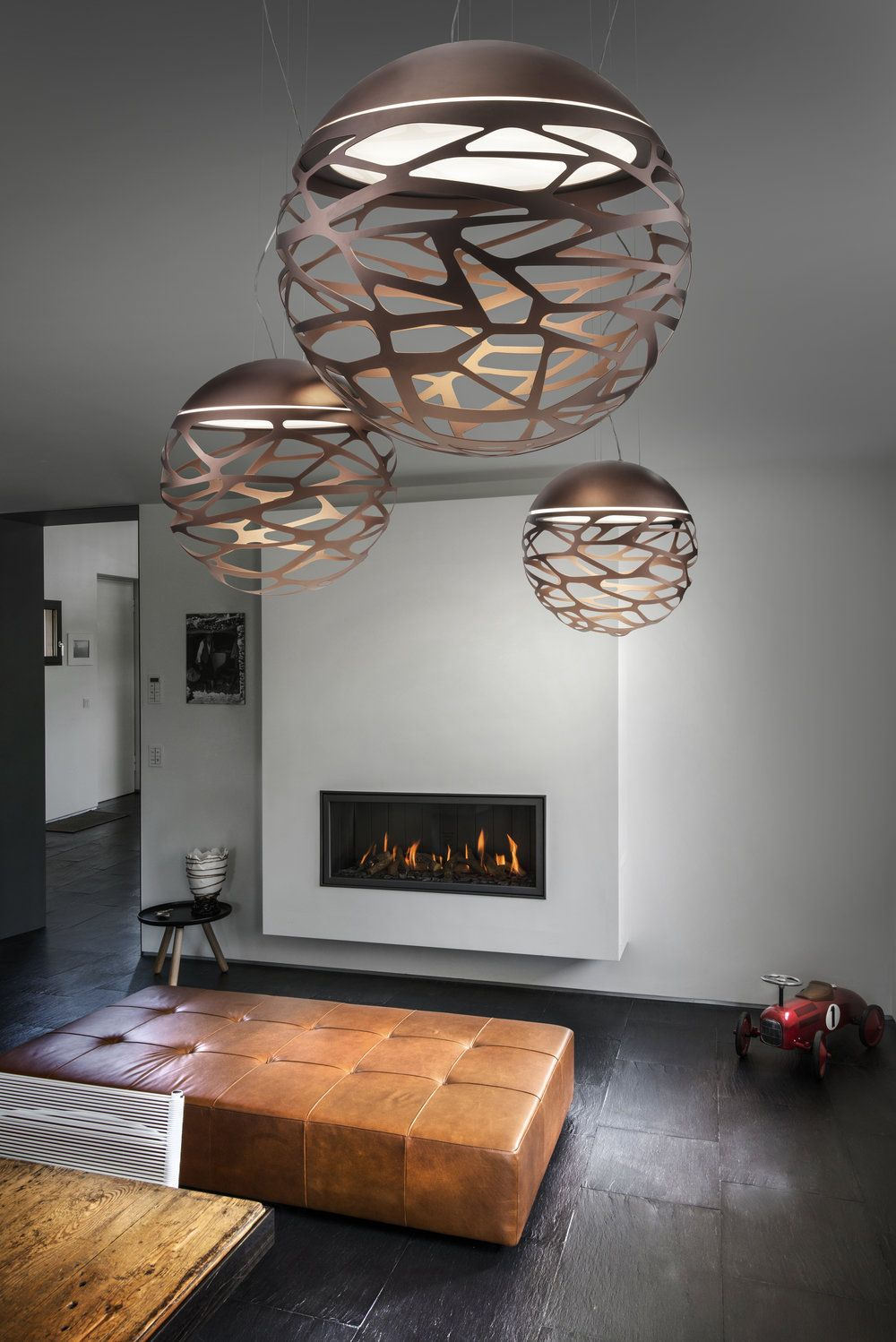 Kelly Sphere in 2020 | Contemporary ceiling light, Italia