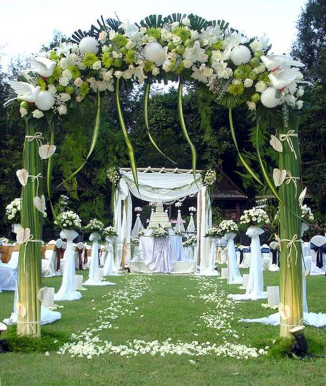 Great 35 Wonderful Summer Outdoor Wedding Decoration Ideas For Your Best Inspiration