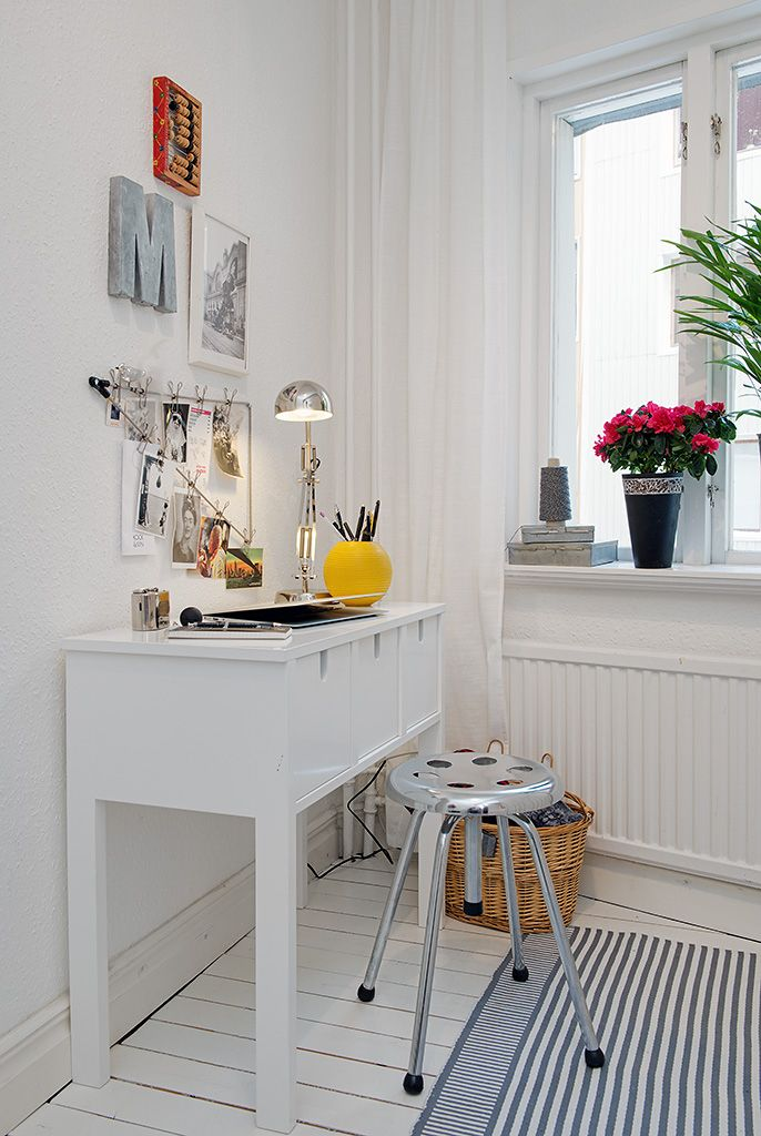 Small Apartment Design That Using Scandinavian Style For ...