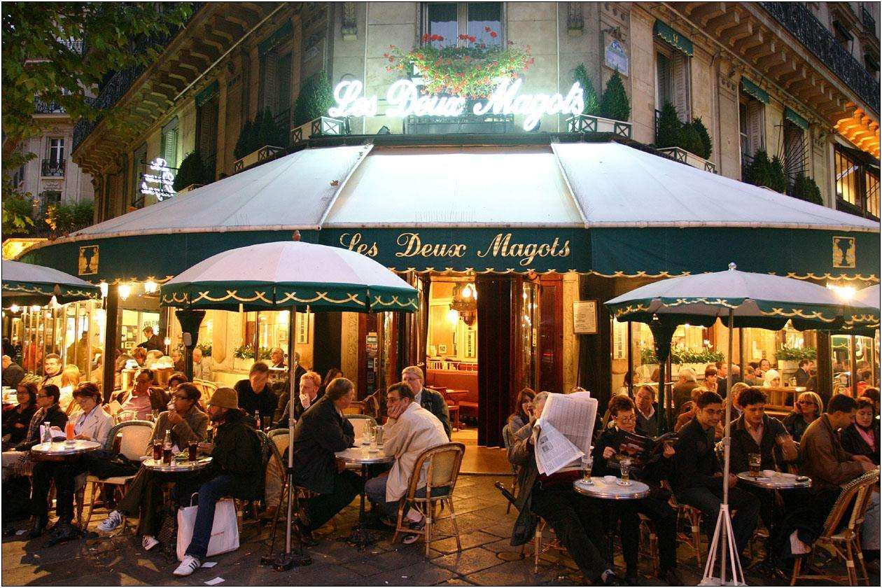 Cafes In France Globerove Night Time Outdoor Cafe Paris