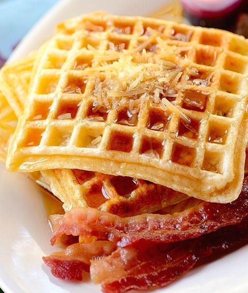 Pão de Queijo waffles