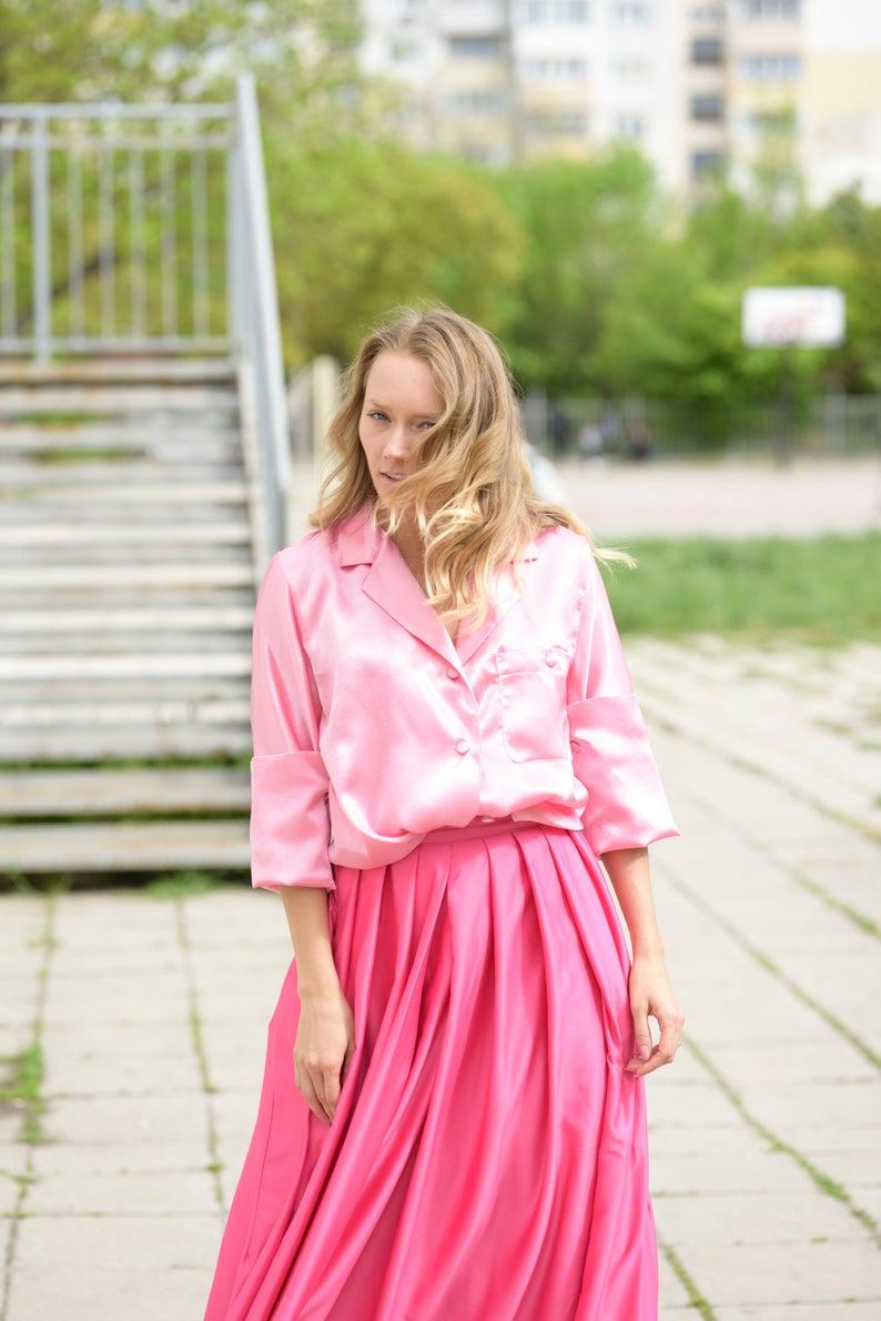 Villanelle Shirt Pink Shirt Villanelle Outfit Pink Satin Etsy Pink Tulle Dress Mesh Dress Pink Dress [ 1190 x 794 Pixel ]