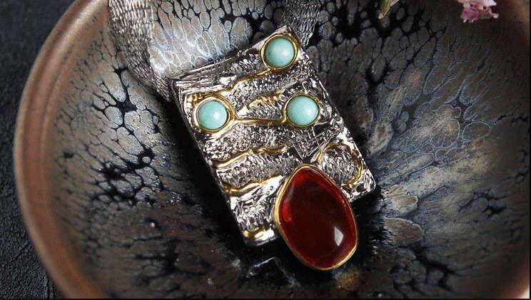 925シルバー  natural   Fire Opal necklace  natural  turquoise Tourmaline lapis lazuli Garnet Emerald(Etsy のmikaincより) https://www.etsy.com/jp/listing/587311245/925shirub-natural-fire-opal-necklace