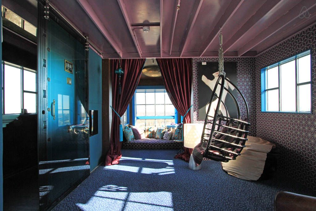 Hideout In Crane Secret Suite Get 25 Credit With Airbnb If You Sign Up
