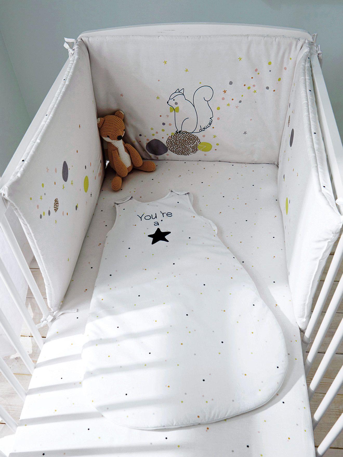 eb00505031483 Silhouette Tour de lit réversible Etoiles + Gigoteuse sans manches Lovely  star + Drap-housse bébé Lovely Star  - www.vertbaudet.fr