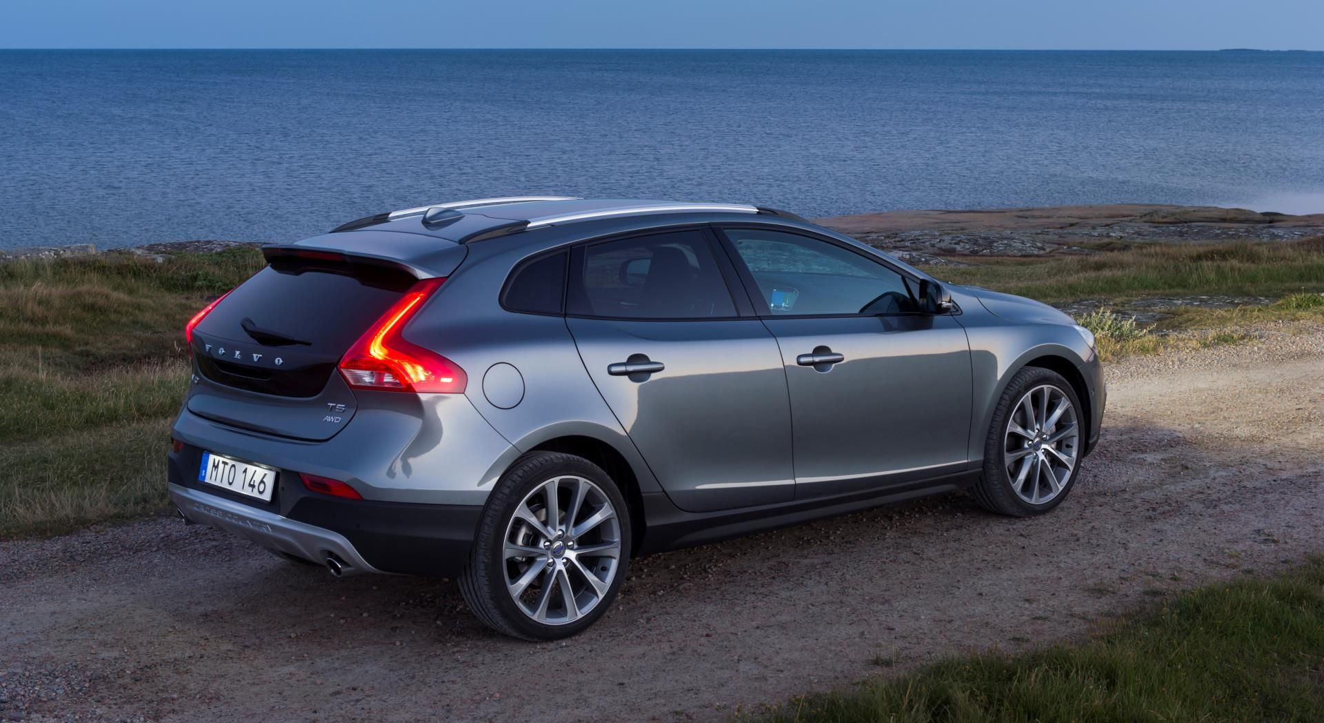 2016 S Volvo V40 Cross Country Autos Carro Deportivos Coches