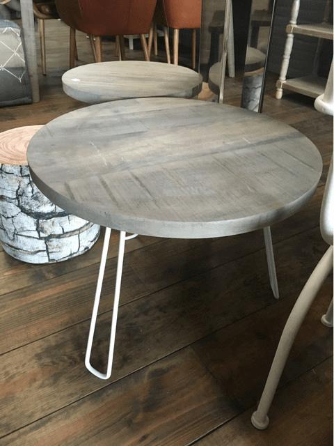 Witte Uitklapbare Tafel.Ronde Salontafel Met Inklapbare Witte Poten Het Stoere Grey Wash