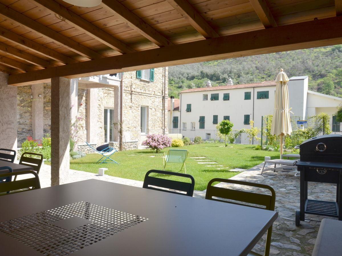 In Dolcedo Italien 0 Schlafzimmer Fur Bis Zu 4 Personen Tv Vorhanden Rauchen Nicht Erlaubt Ferienwohnung Ca Outdoor Structures Pergola Outdoor