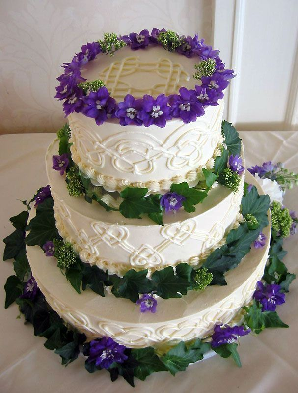 irish wedding cakes pictures celtic wedding cake celtic wedding wedding 16485
