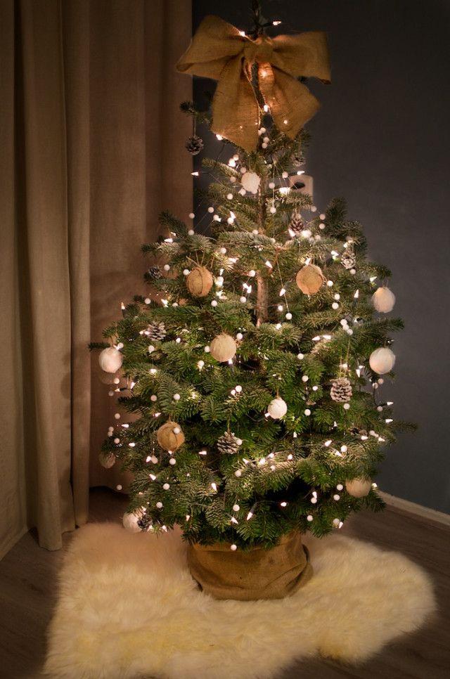 36 Rose And Gold Christmas Tree Decorating Ideas 2018 Versierde Kerstbomen Vrolijk Kerstfeest Kerst Deco