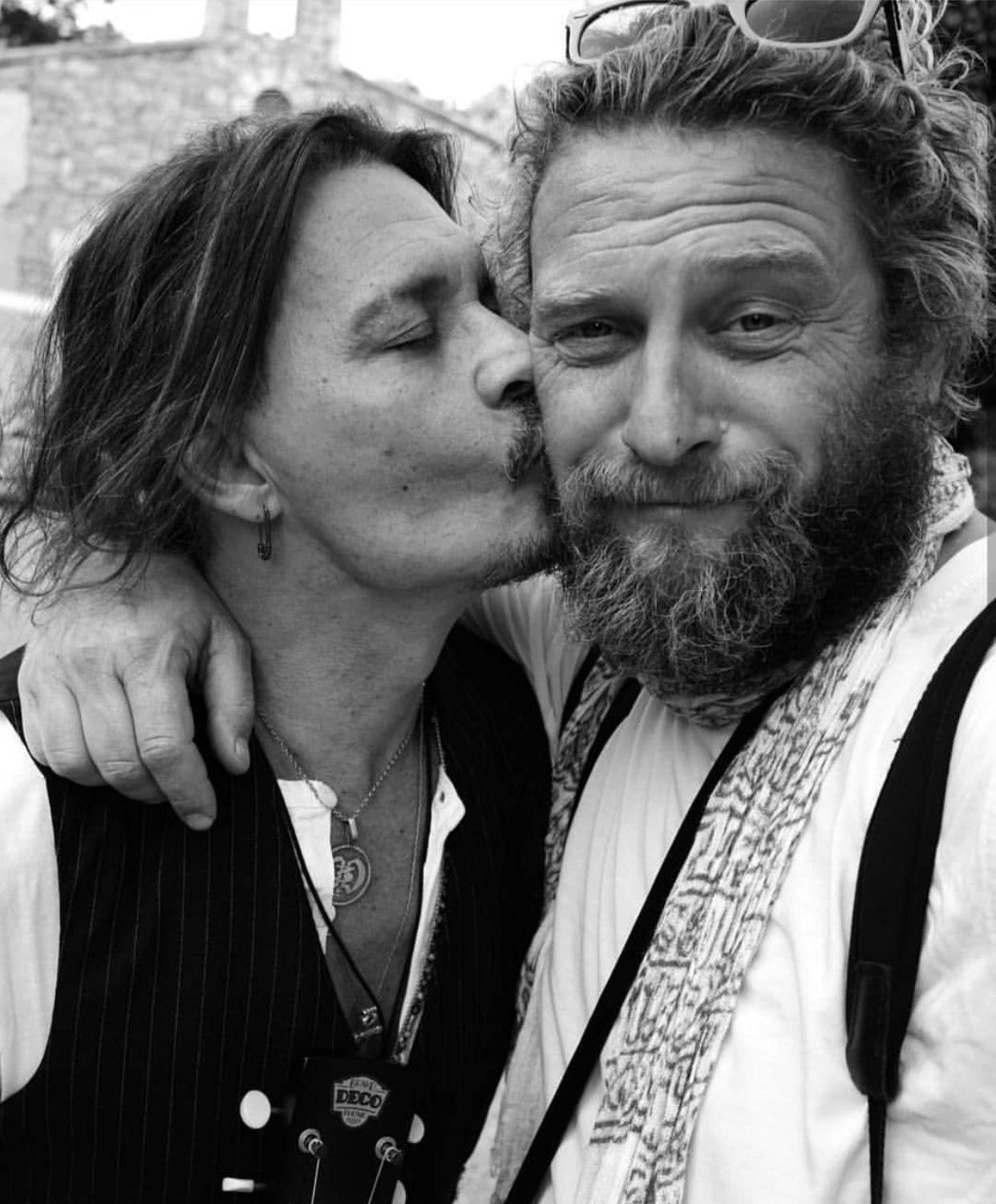 Pin by Rebecca Osborn on Johnny Depp is Love♥️ Johnny