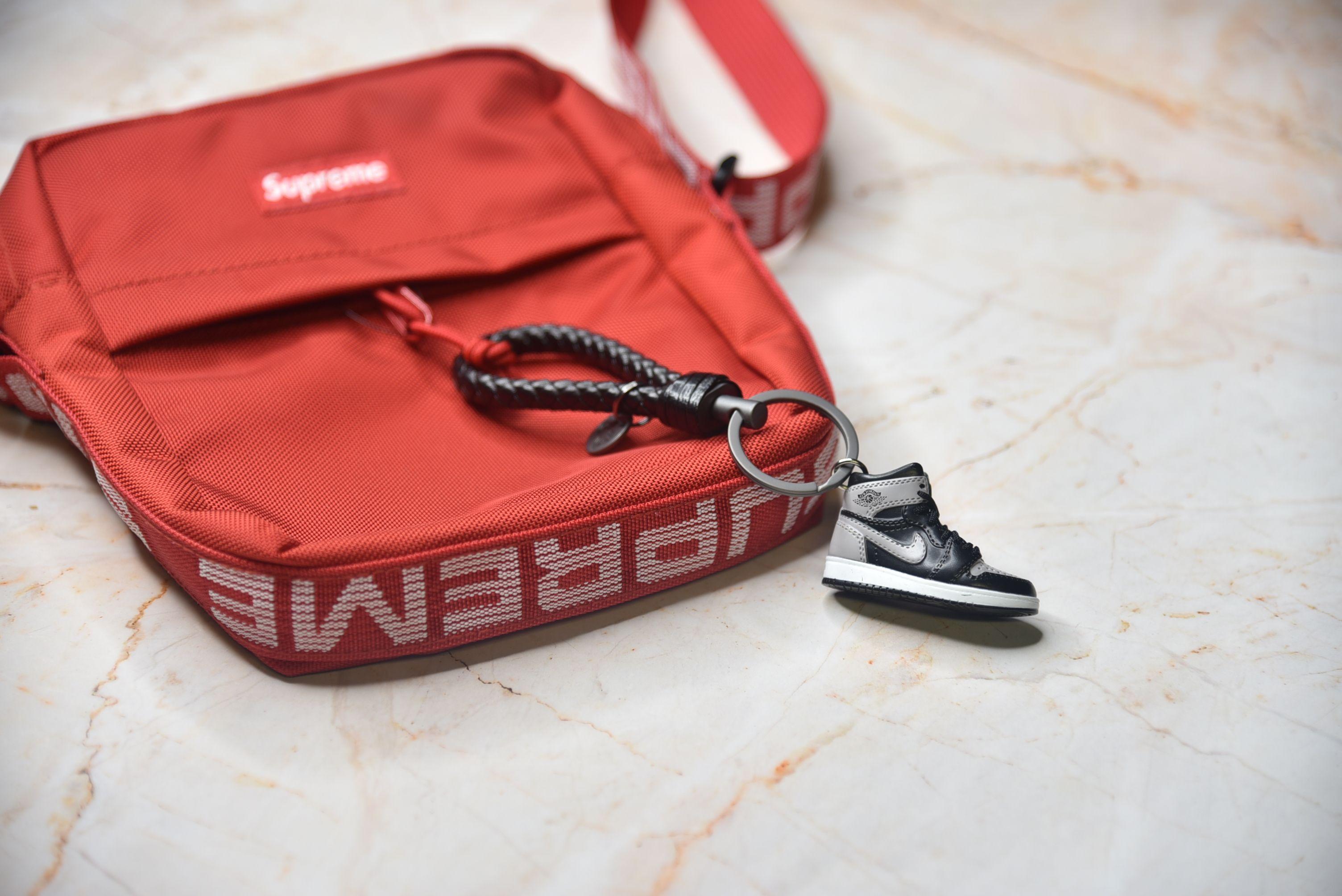 7d859fde9c76ac Kicksmini AJ1 Shadow 3D Sneaker Keychain Best Sneaker head Gift Ideas!