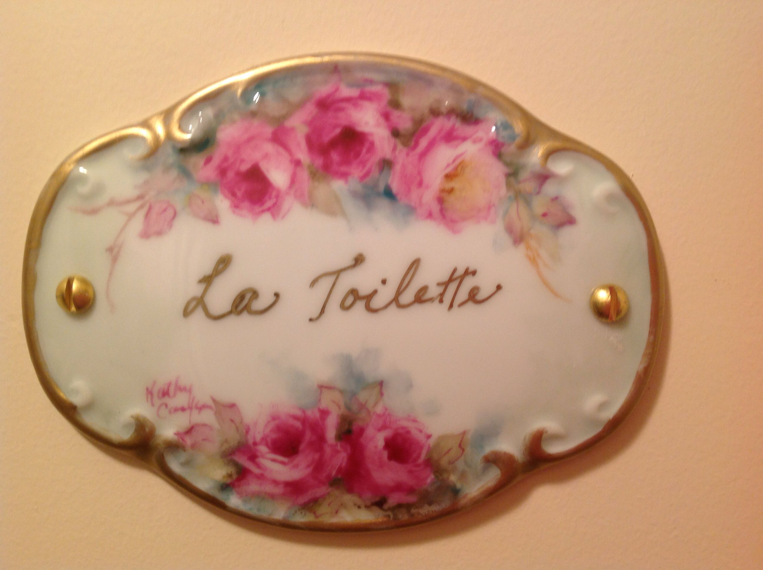 I painted this for my bathroom door pintura em porcelana