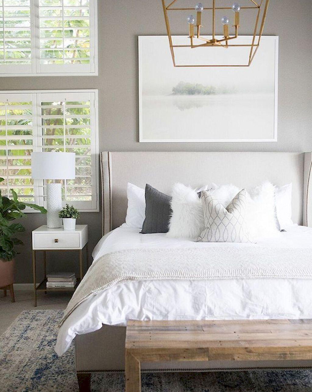 75 Small Master Bedroom Decorating Ideas Small Master Bedroom Master Bedrooms Decor Bedroom Rug Placement