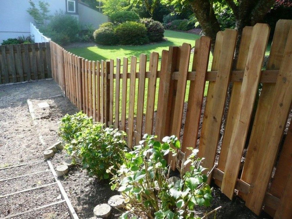 40 Awesome Sloped Yard Fence Ideas For Any Houses Backyard