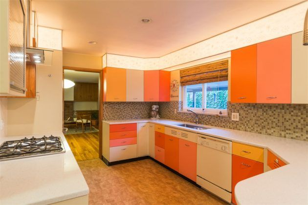 Warmth In The Kitchen-15 Magnificent Orange Kitchens That You Must