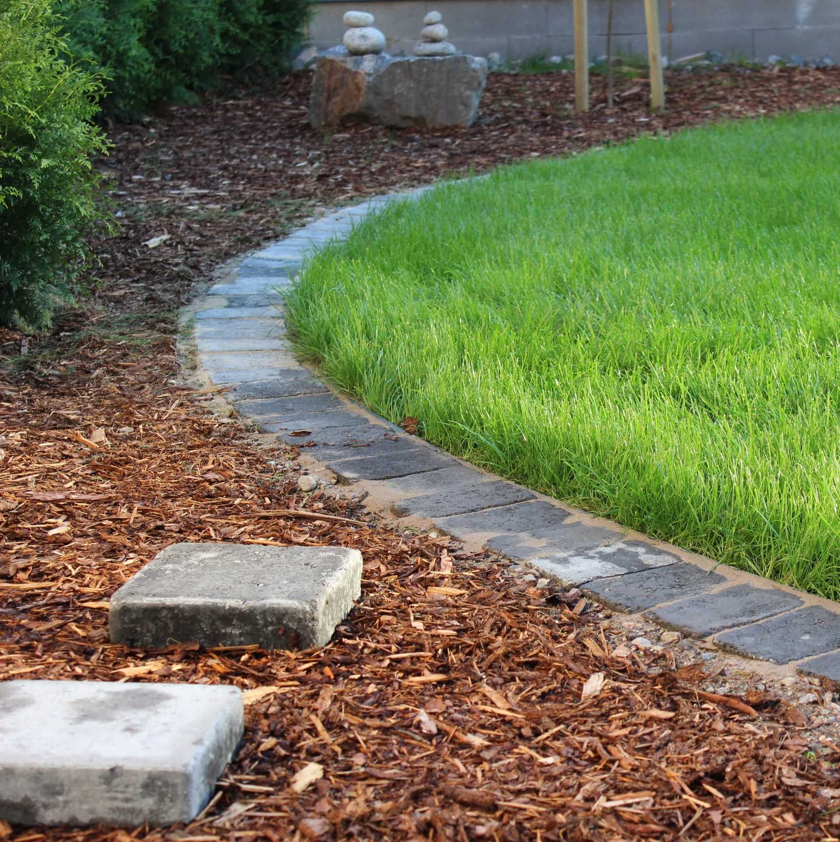 http://kotonaparas.com/pieni-nurmipaivitys/ #Garden #Gardendesign #puutarha…