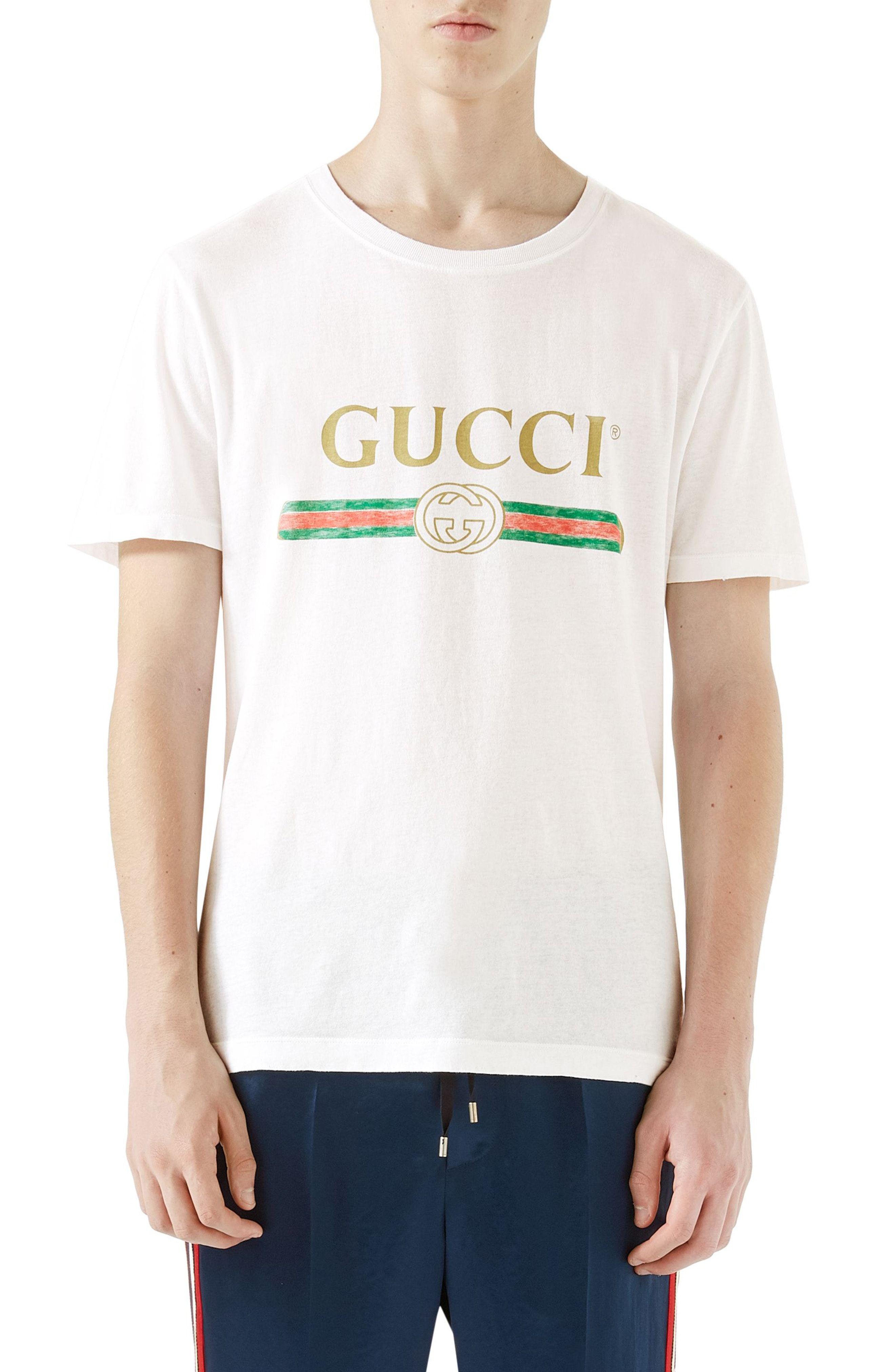 c91c6f7db GUCCI Logo Graphic T-Shirt. #gucci #cloth | Gucci in 2019 | Gucci ...