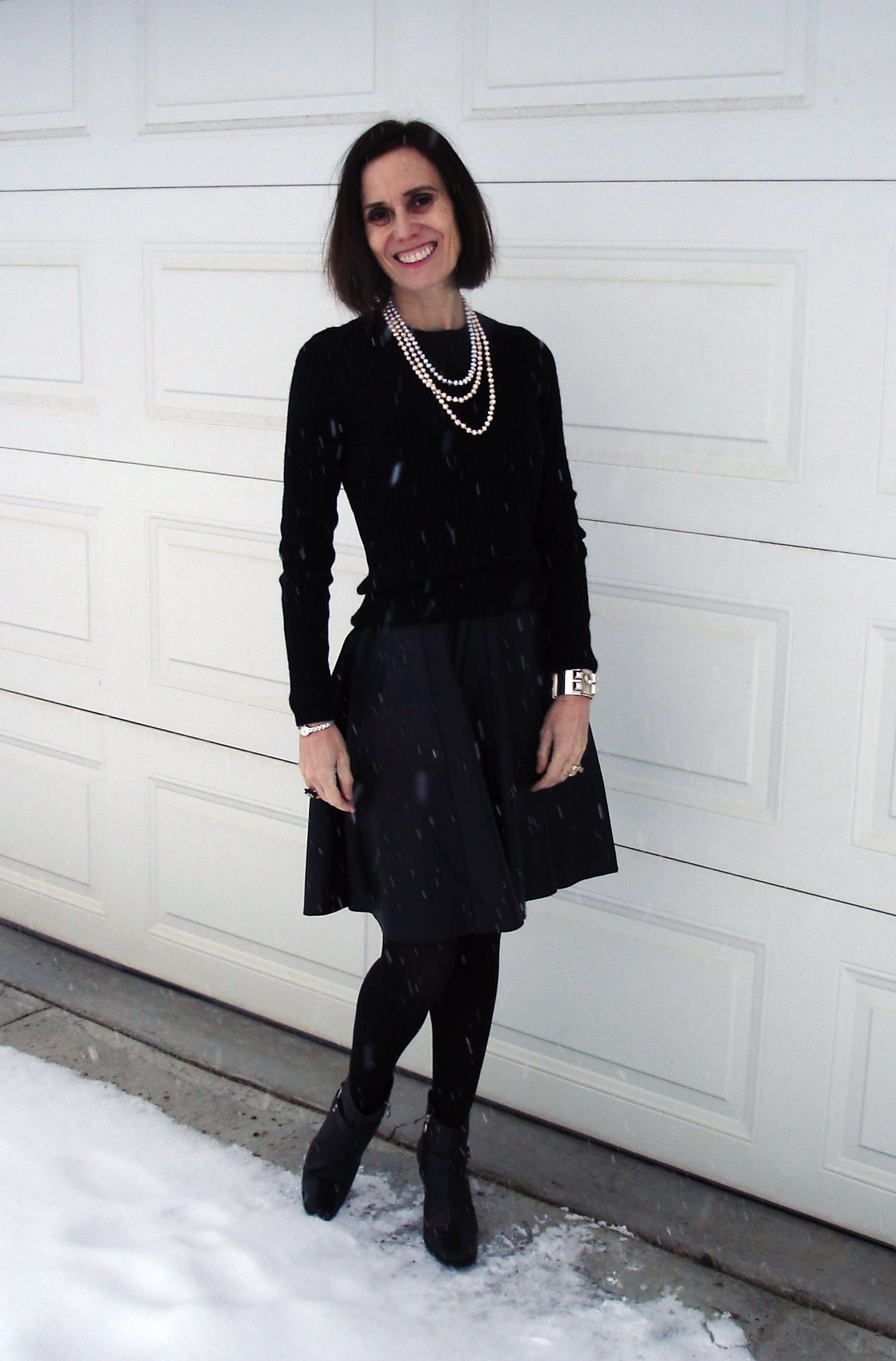 #HighLatitudeStyle How to dress stylishly in cold climate without freezing to hypothermia  http://www.highlatitudestyle.com