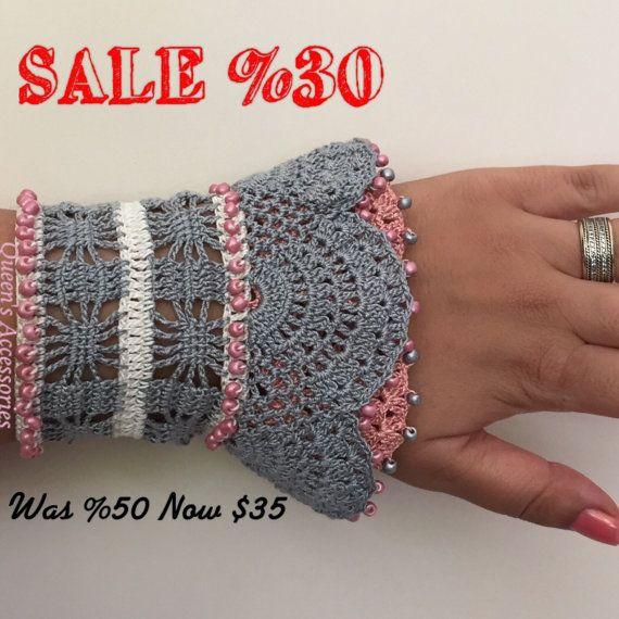 perlen h keln manschette armband grau rosa creme armband anleitungen pinterest perlen. Black Bedroom Furniture Sets. Home Design Ideas
