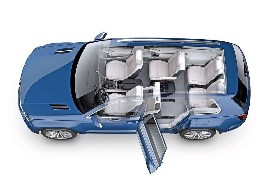 Sitzprobe VW TRoc auf dem Genfer Autosalon 2014 Kleiner
