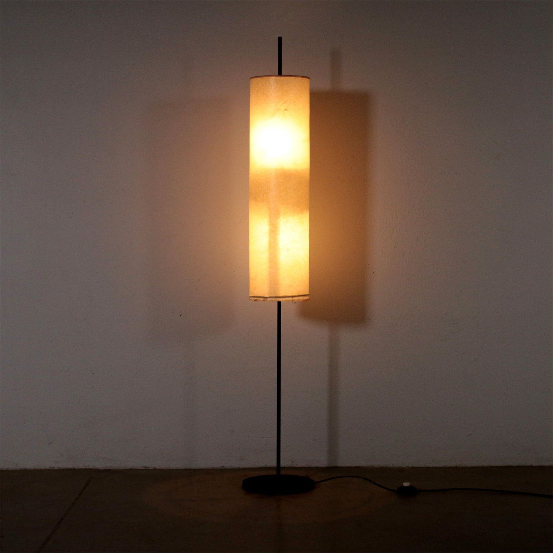 Floor Lamps Floor Lamp With Lampshade Metal Vintage Italy 1960s 1970s In 2020 Stehlampe Lampe Stehlampe Messing