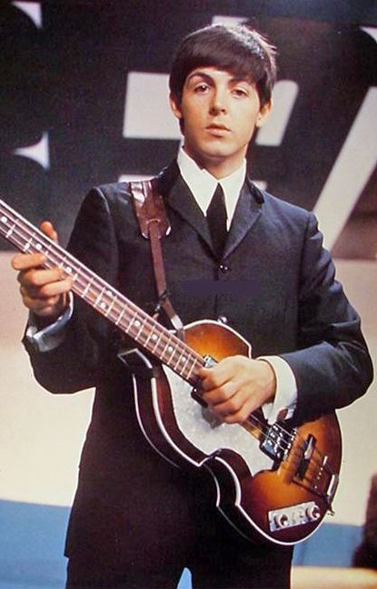 Paul McCartneys Hofner 500 1 Bass Guitar The Odd Shape Appealed To Since As A Leftie He Would Have Play It Backwards And Sill Looked