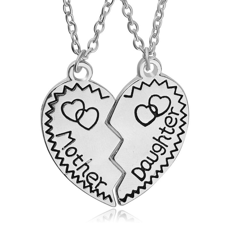 83da4eaab 2017 New Style Broken Heart Parts 2pcs Necklace Mother & Daughter Couple  Necklace Mothers Day Best Gift Women Girl Jewelry