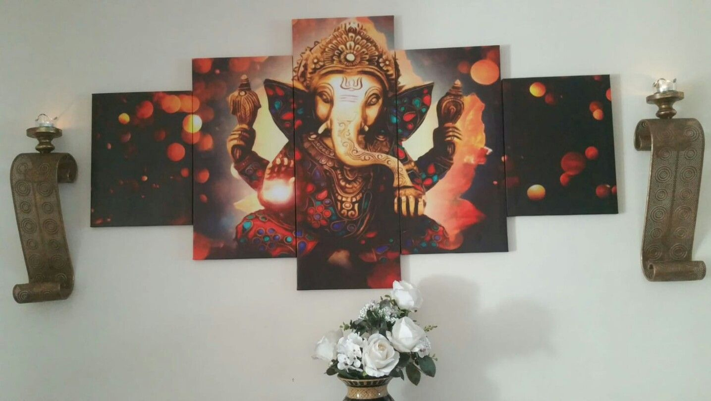 Wall decor in your dining room traditional wall decor pinterest
