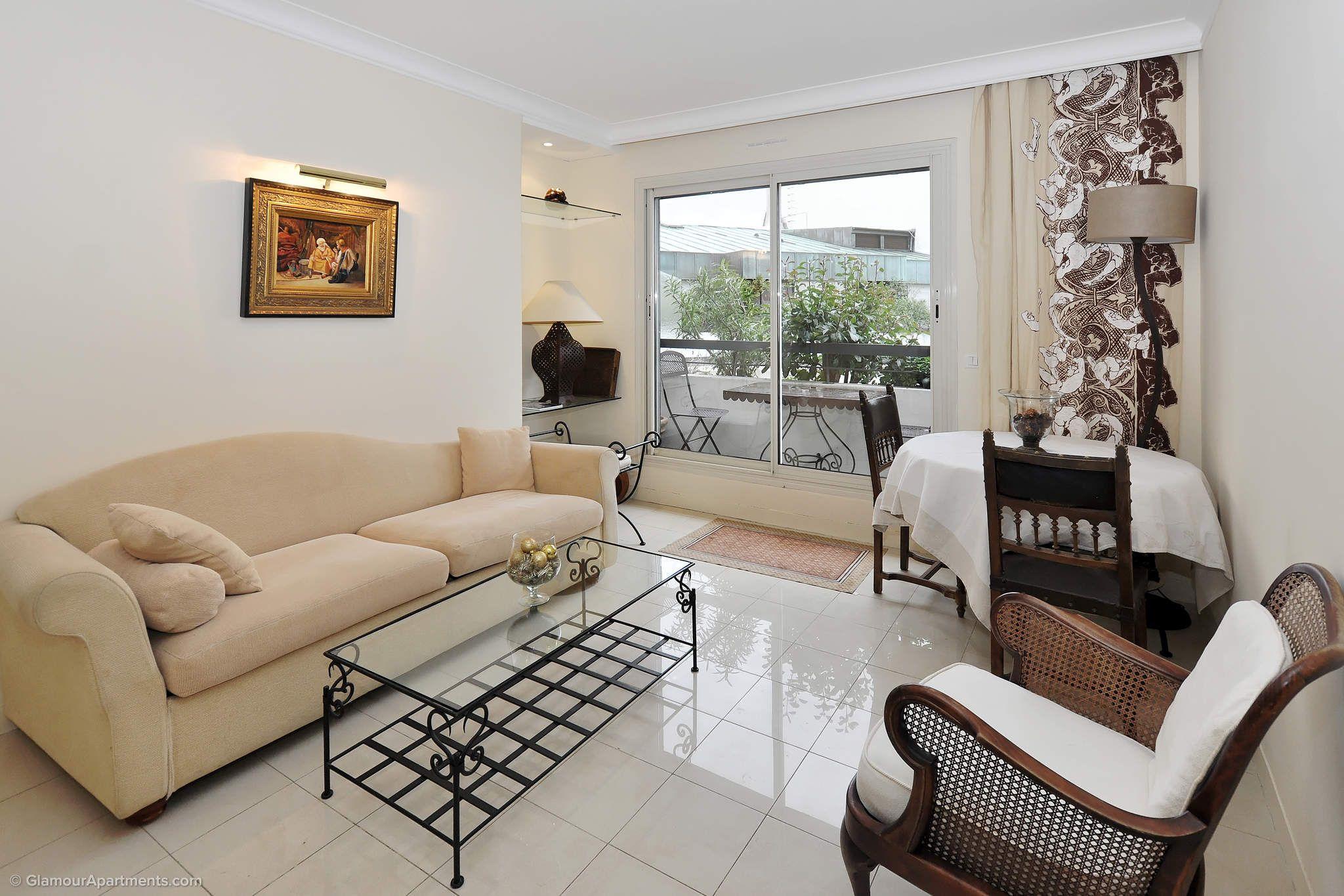 Paris Avenue Foch 1bedroom apartment for sale