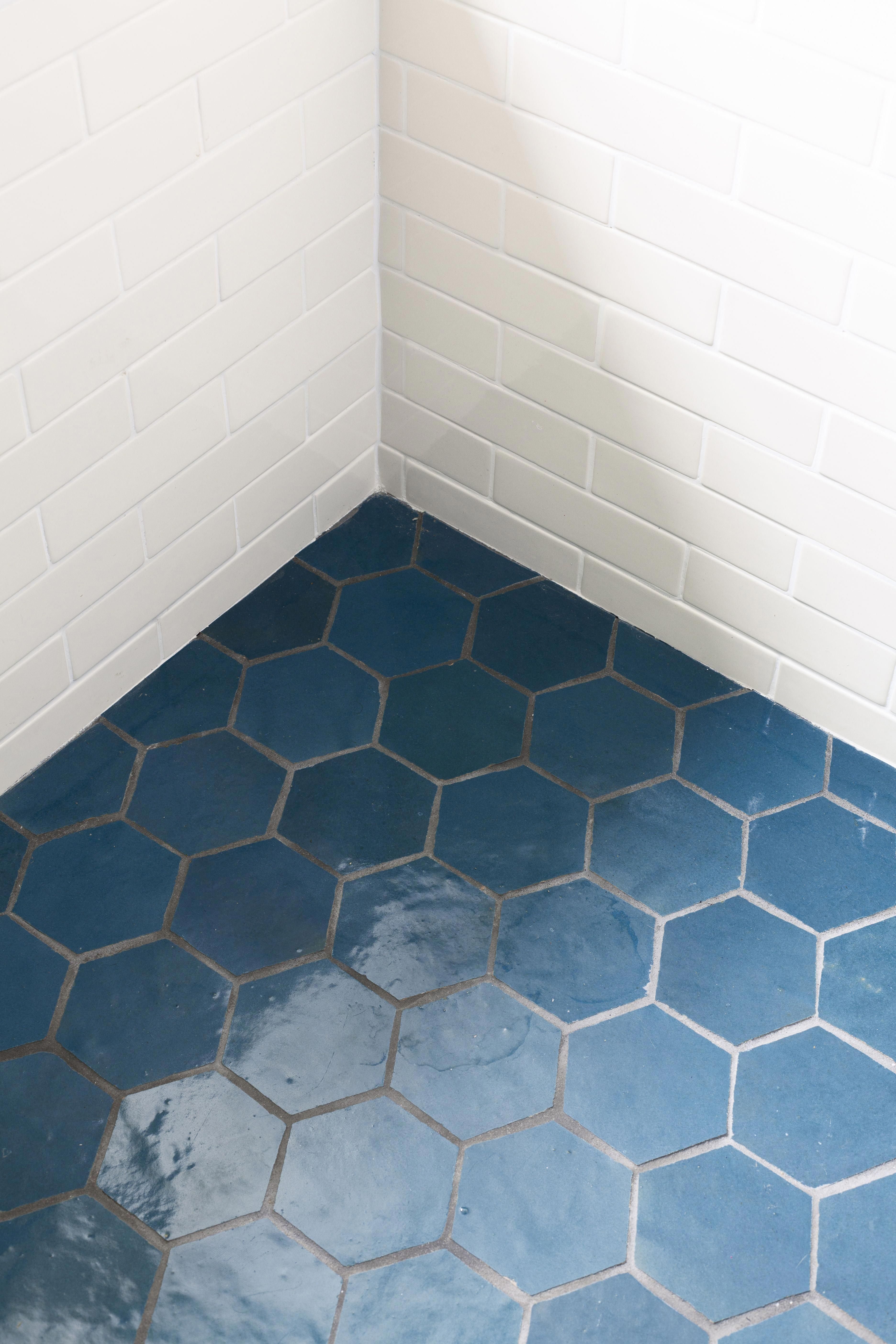 The Bathroom Is A Makeover In 2020 Blue Bathroom Tile Moroccan Tile Bathroom Classic Bathroom Tile