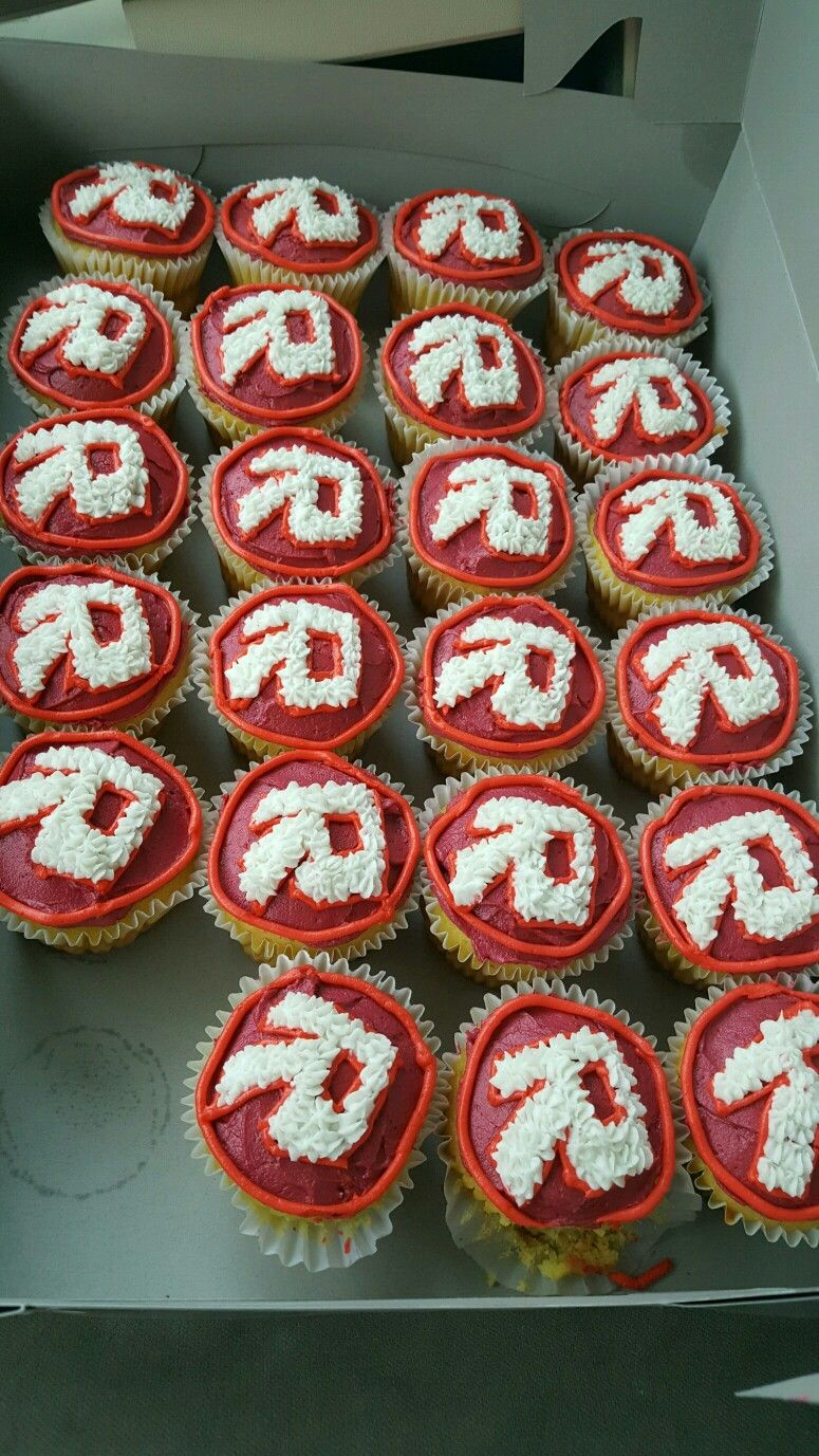 School Cupcakes Roblox Birthday Cake Roblox Cake 7th Birthday