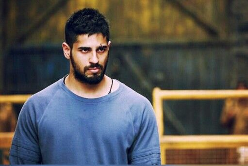 Sidharth Malhotra As Monty Fernandes In Brothers Brothers Movie New Movies 2016 Movies