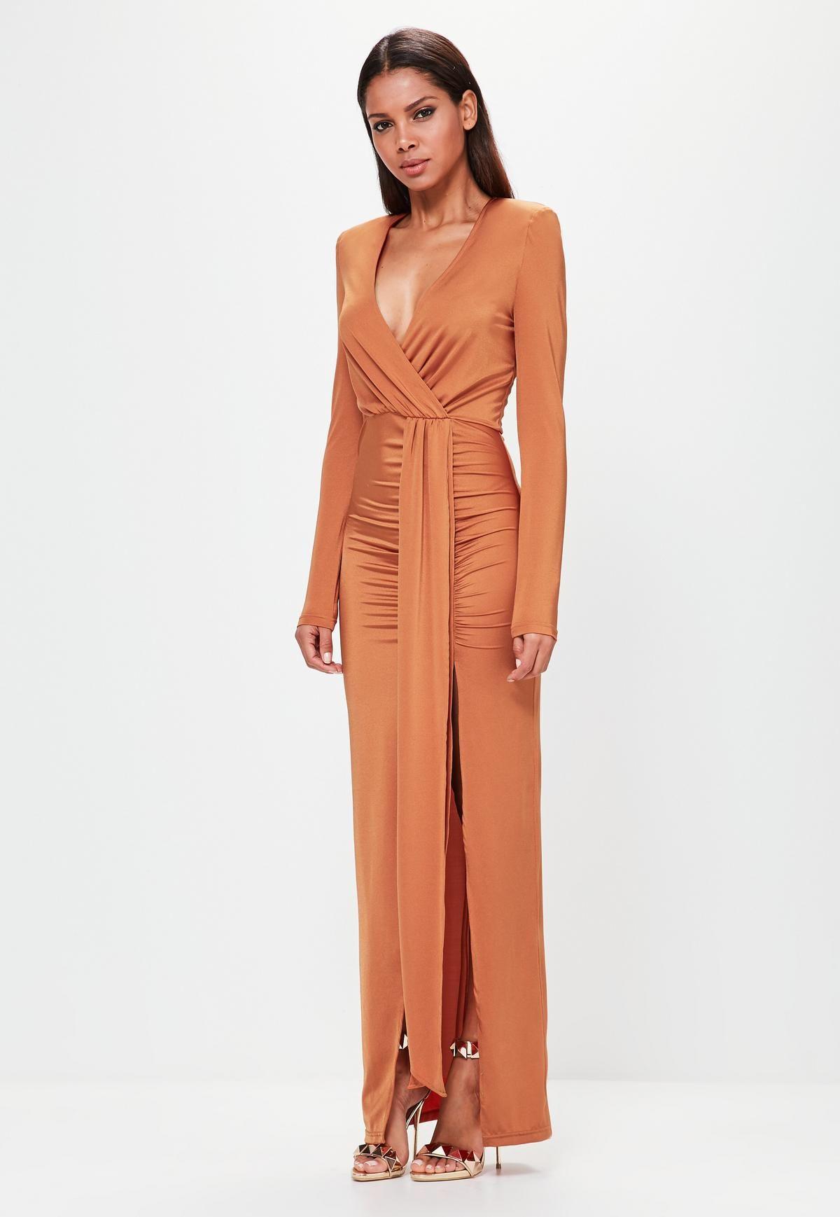 https://www.missguidedfr.fr/robe-longue-orange-drapee-peace-love-10046109