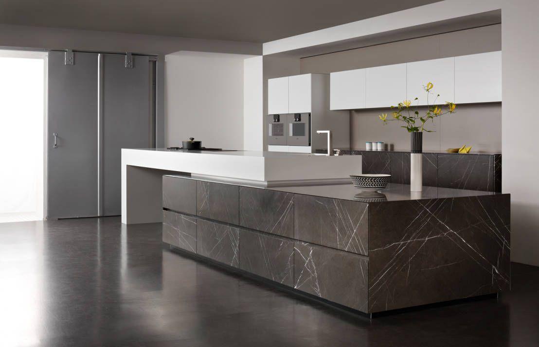 10 moderne Kücheninseln | Moderner kücheninsel, Kücheninsel und Steine