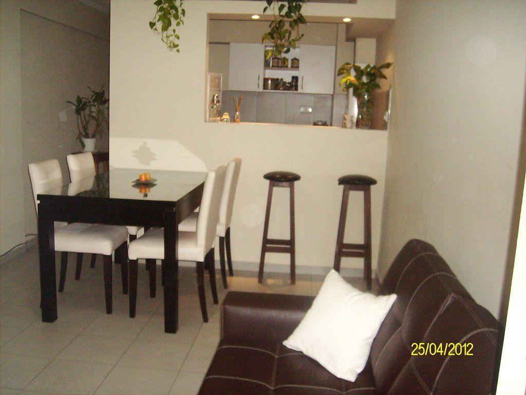 Cocina independiente sala peque a y comedor peque o con for Decoracion espacios pequenos sala comedor