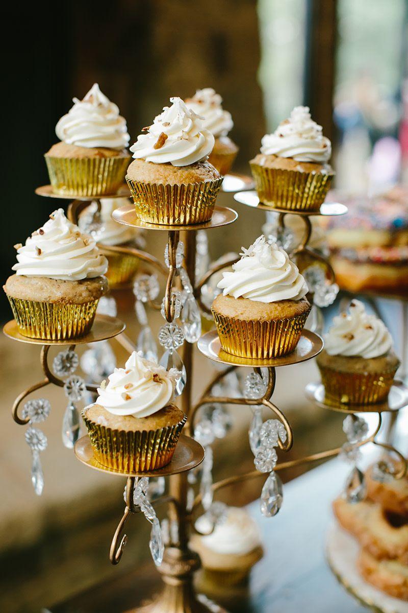 Lodge Wedding Venue In Denton Texas White Wedding Cupcakes