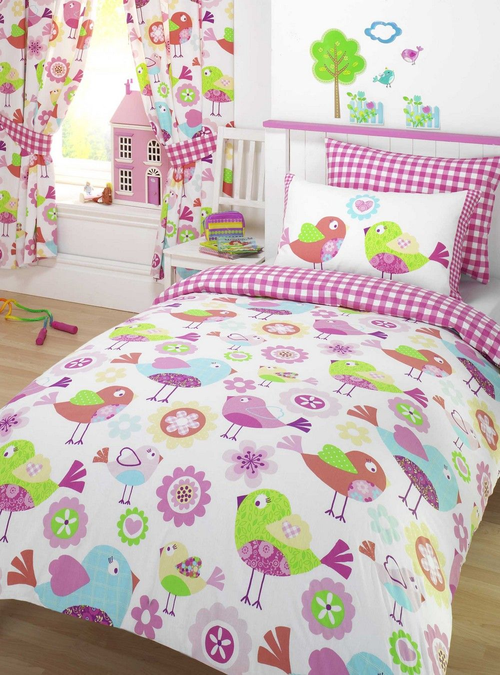 Modern girls bedding - 16 Great Examples Of Girls Bedding Sets With Photos
