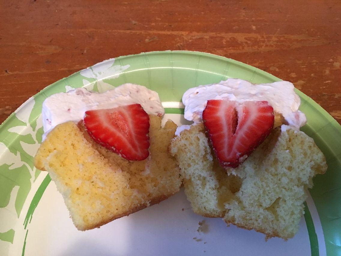 Yellow Strawberries and cream cupcakes