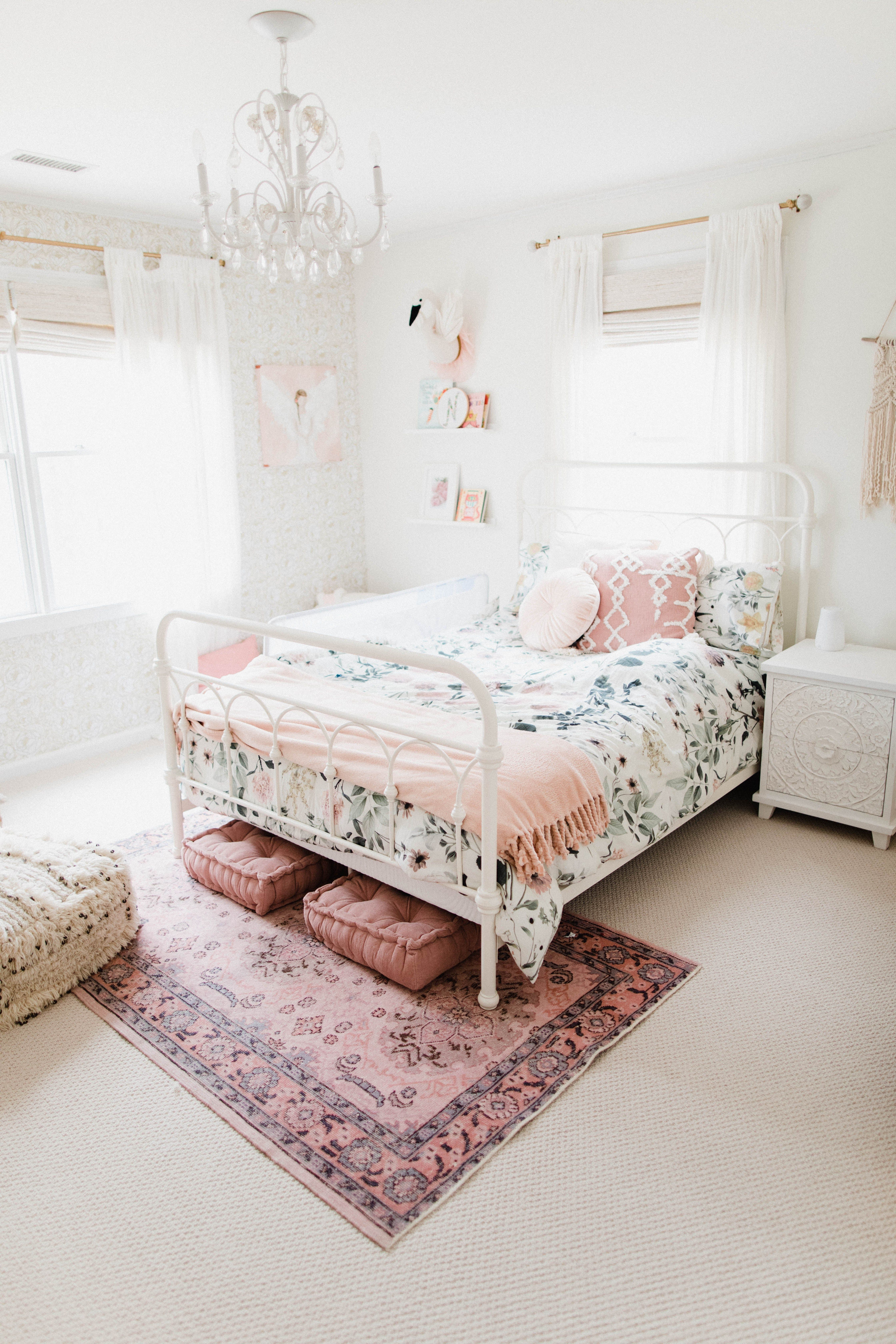 Why We Installed Wall-to-Wall Carpeting Upstairs - Lauren McBride #girlsbedroom