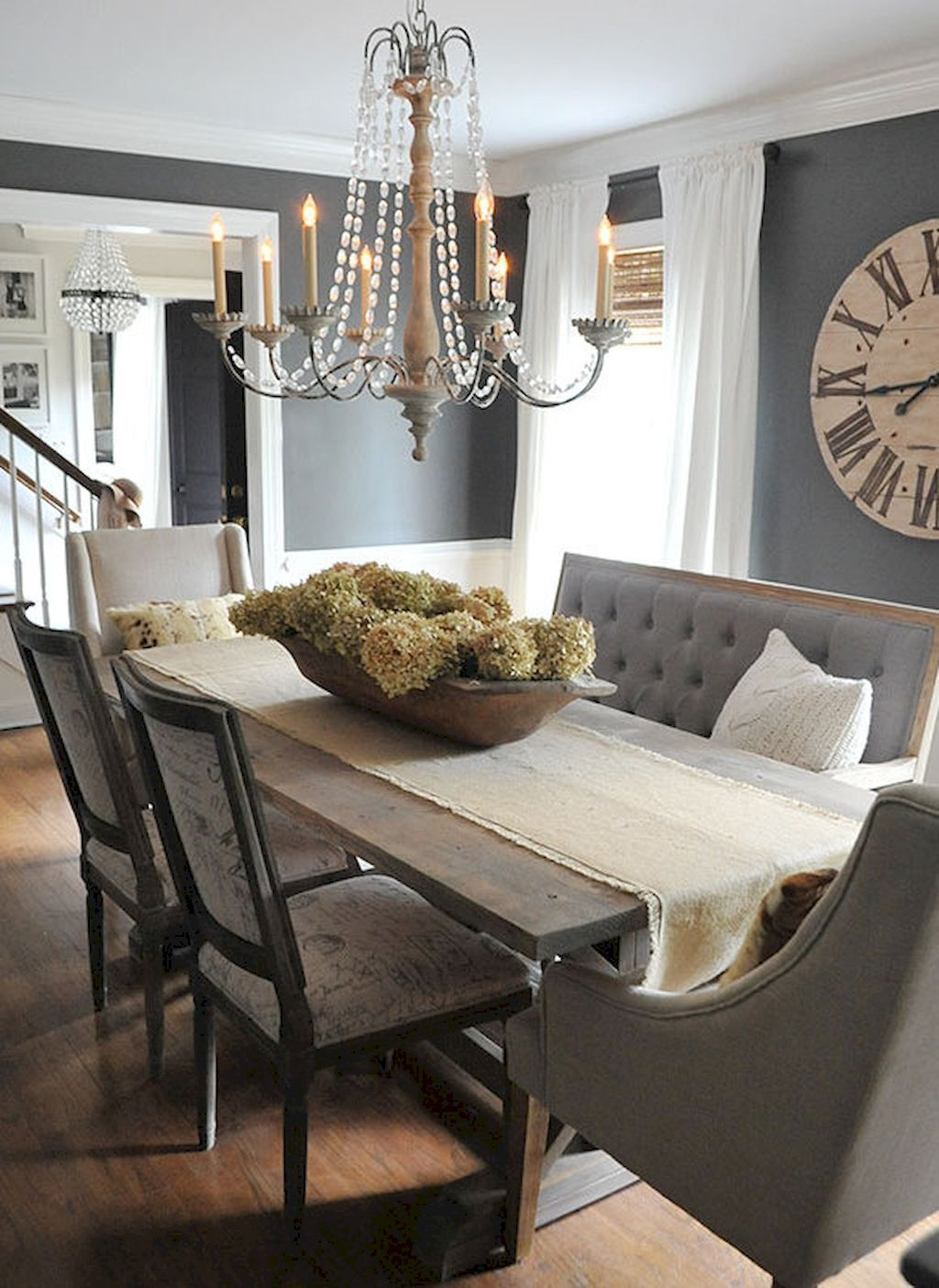 50 Lasting Farmhouse Dining Room Table Decor Ideas is part of Modern Table decor - 50 Lasting Farmhouse Dining Room Table Decor Ideas November 29, 2017admin Leave a Comment We are absolutely positive that current interior design trends are slowly inching towards styles that firmly bring back a soothing and simple 'old world cha
