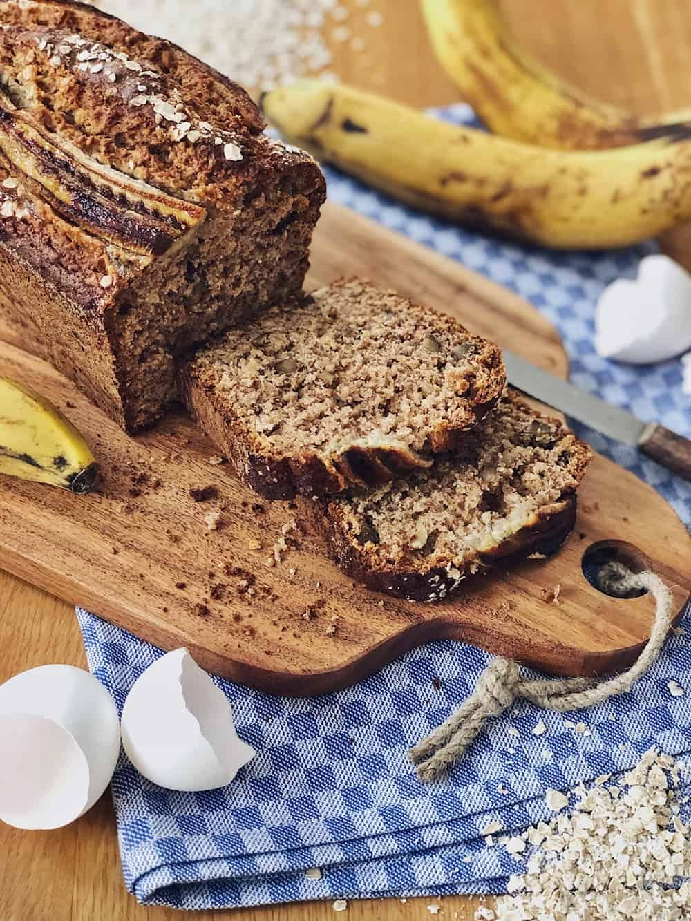 Photo of Juicy banana bread with oatmeal and nuts