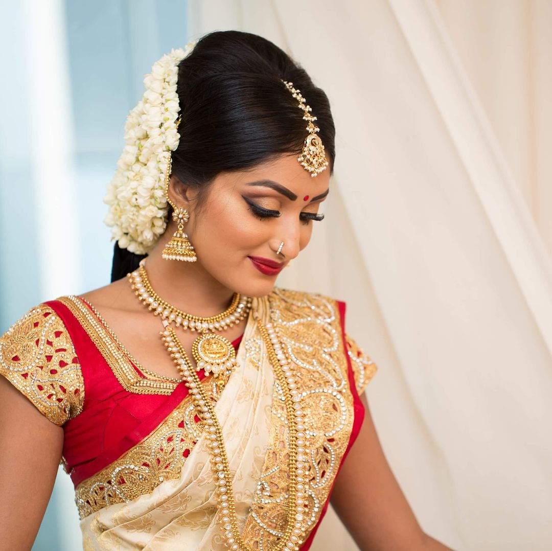 Wedding Hairstyle In Tamil: Pin On Bride