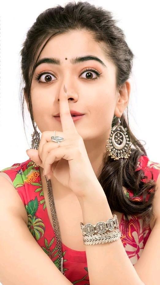 Rashmika Mandanna Tamil Actress  Beautiful actress tollywood actress  makeup hairstyle dress