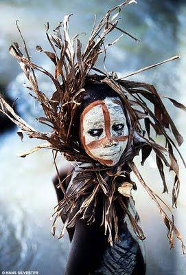 Volkeren van de Omo-vallei  ( Ethiopië )  gerikleurrijk.blogspot.com