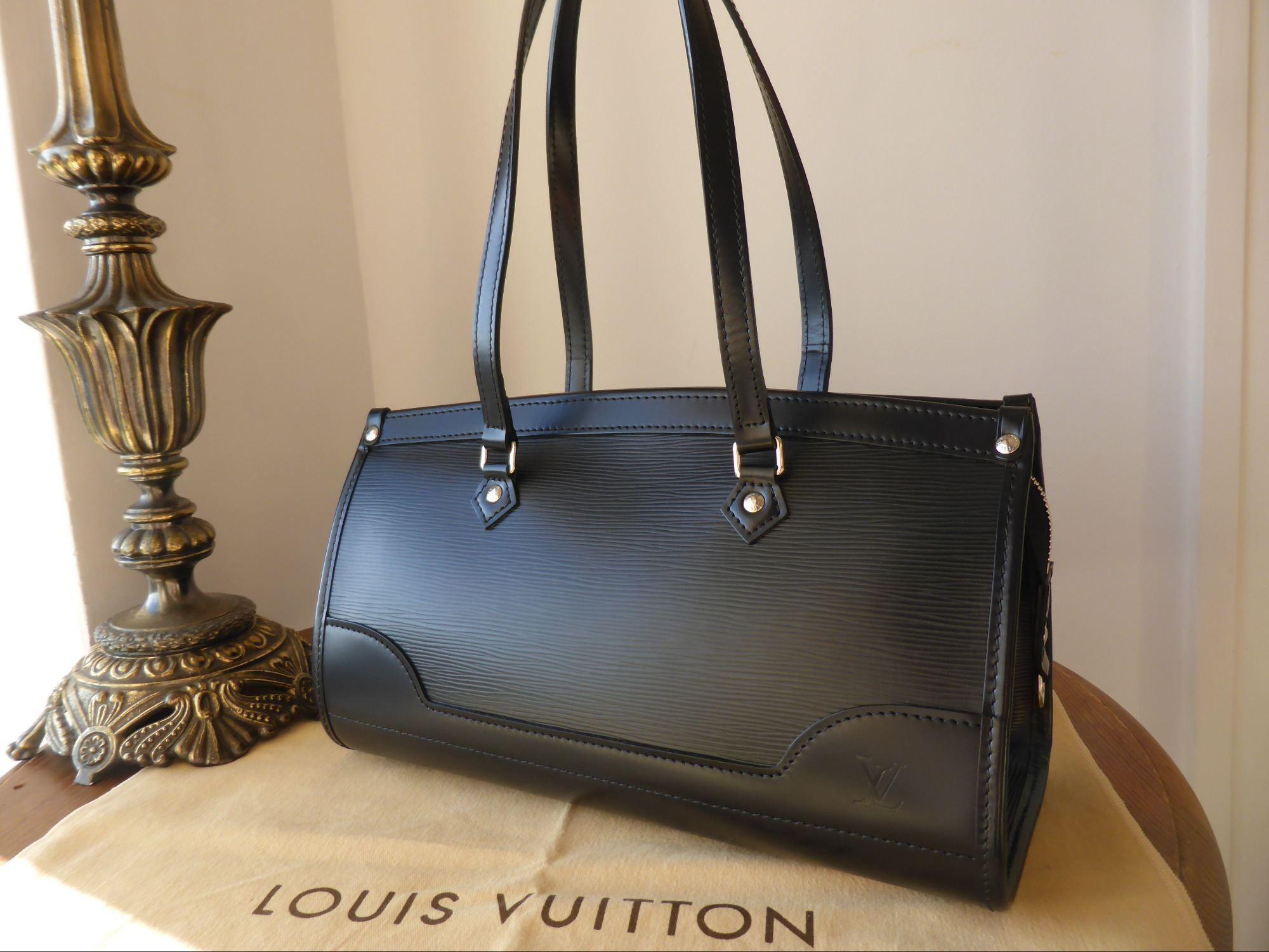 Louis Vuitton Madeleine PM in Noir Epi > http//www